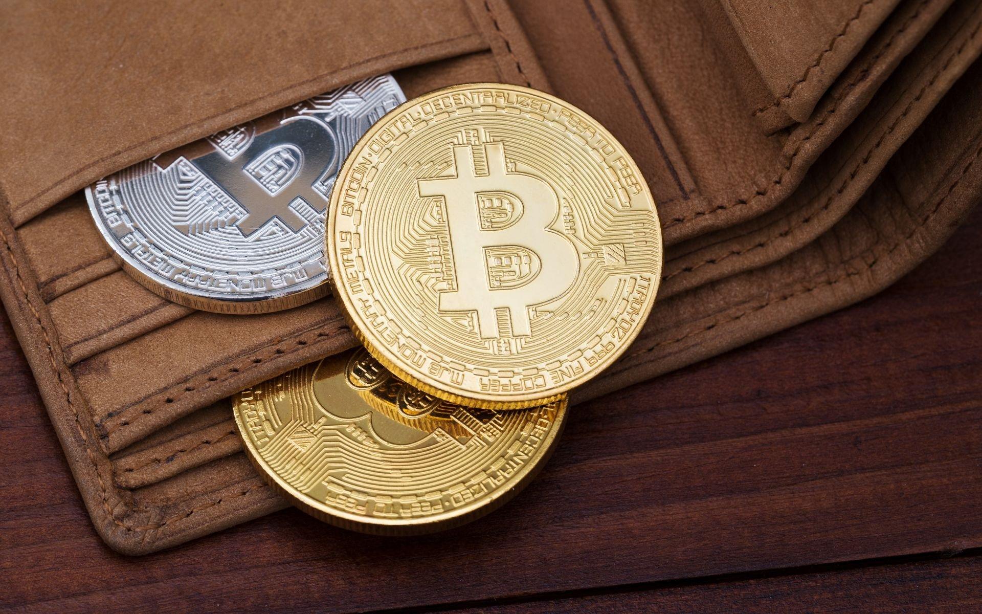 Криптомиллионер потерял 5 500 биткойнов в инвестиционной афере