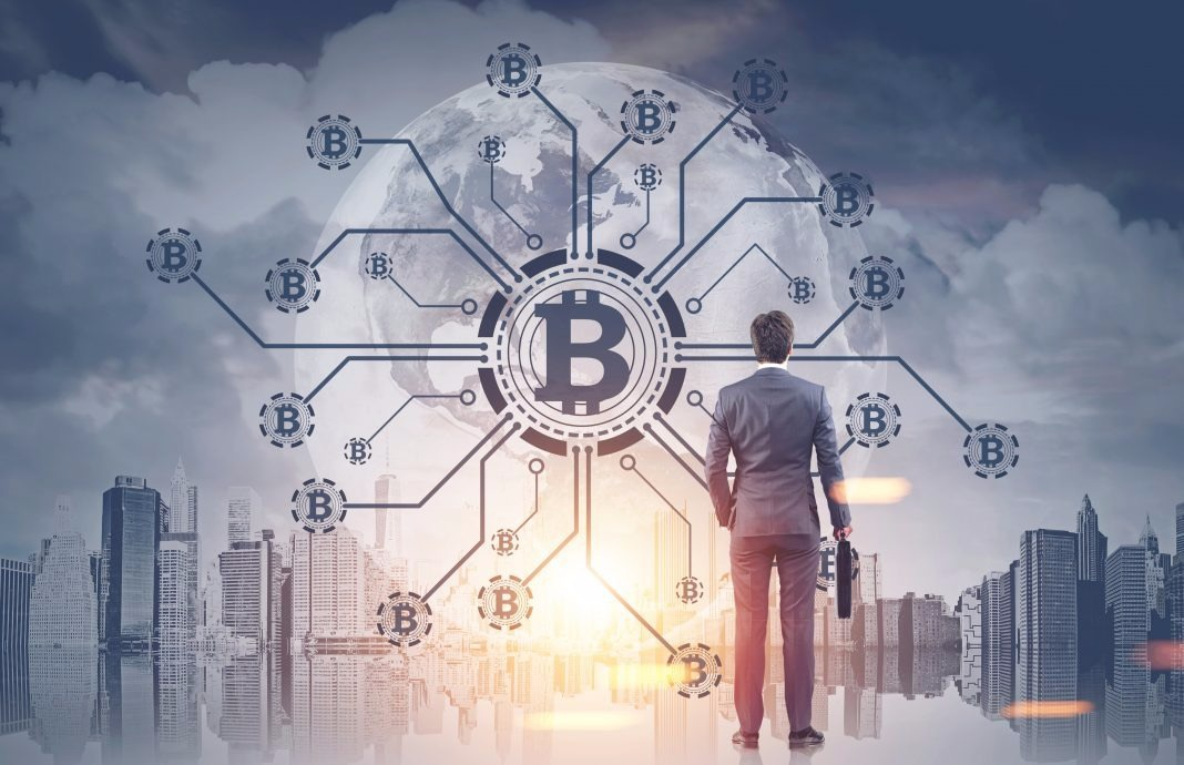 Топ-менеджер HSBC: блокчейн конкурентен по сравнению с традиционной системой переводов