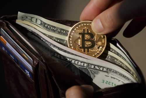 LendEDU: 52% инвесторов вложили бы средства в криптовалюты, если бы знали, как это сделать
