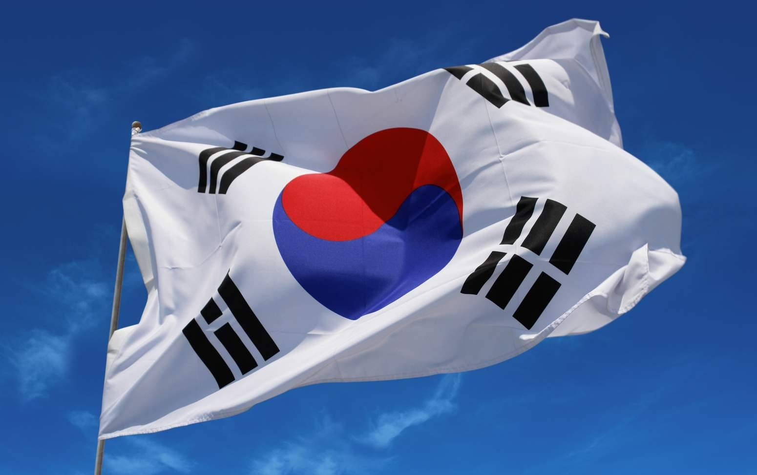 South Korea's Democratic Party Lawmaker Urges Authorities to 'Open Up the Road' to ICOs