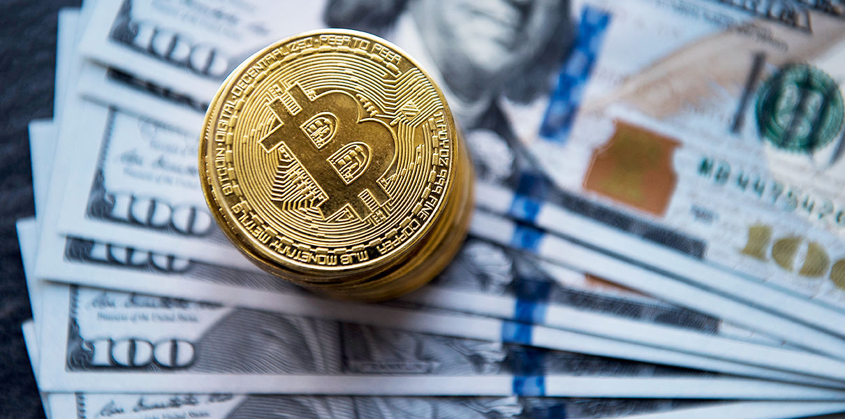 'Lone' Bitcoin Investment Trust Below $1 Bln for First Time in 2018
