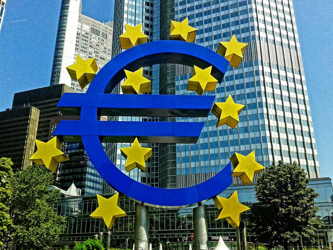 EU Banks to Deploy Instant Payments System in Response to Competition From Libra