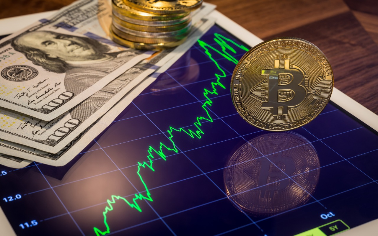 PlanB: 'Rare Opportunity' Can See Bitcoin Price Hit $10K in December
