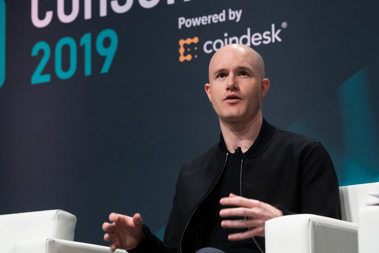 Coinbase CEO Receives Patent for Transacting Bitcoin via Email