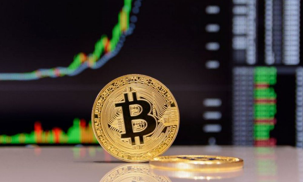 Bitcoin Can Gain 100% in 2020 — Halving Not Priced In, Says Fundstrat
