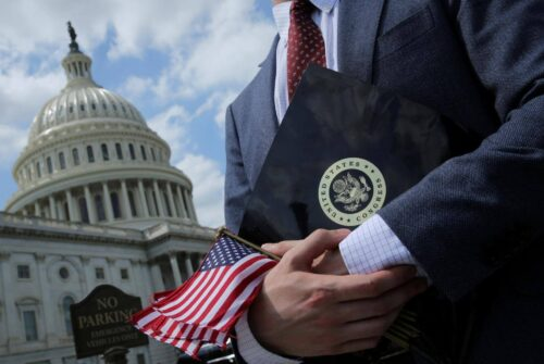 Congresspeople Call on IRS to Take It Easy on Taxing Staking Rewards