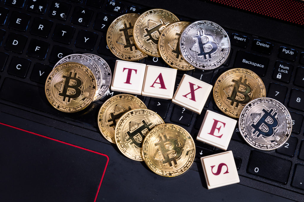 Coinbase Exec Says Capital Will Flee US Due to Crypto Tax Laws