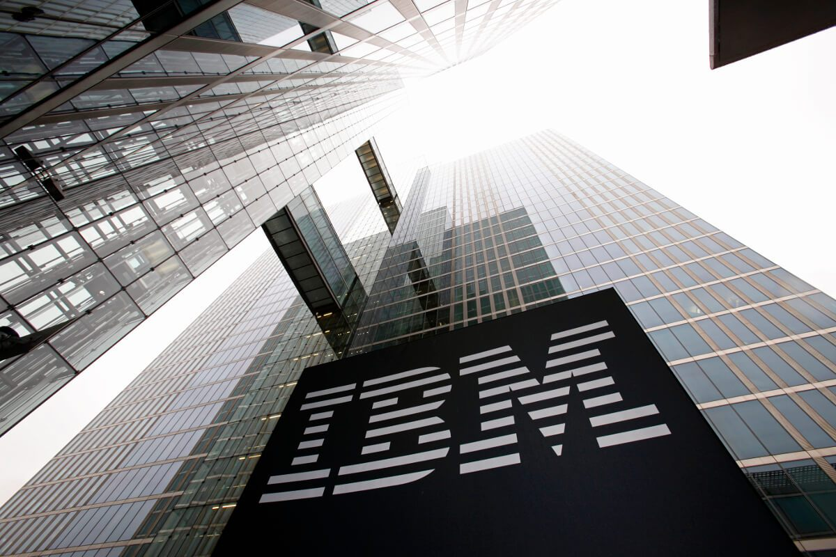 IBM Executive Reveals Plans to Help Banks Capitalize on DeFi