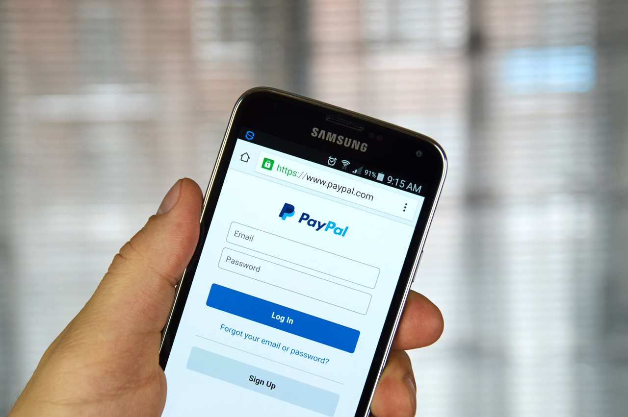 PayPal suspends user for crypto trading using PayPal's own service
