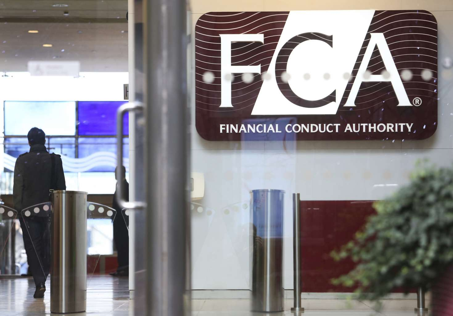 FCA warns of crypto investment risks as Bitcoin dives below $33K