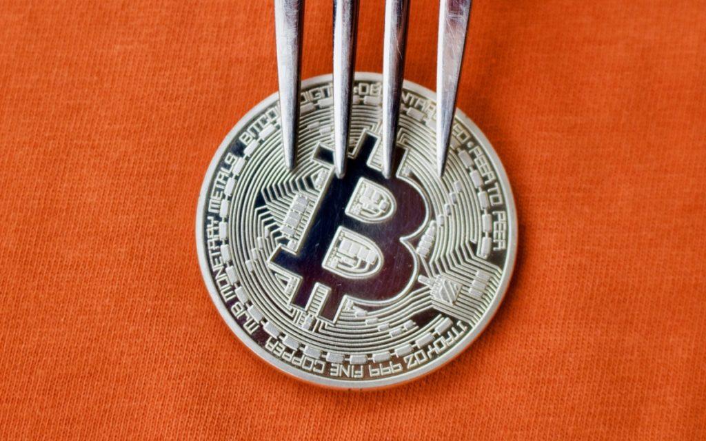 Исследование: хардфорки вредны для стабильности криптовалюты