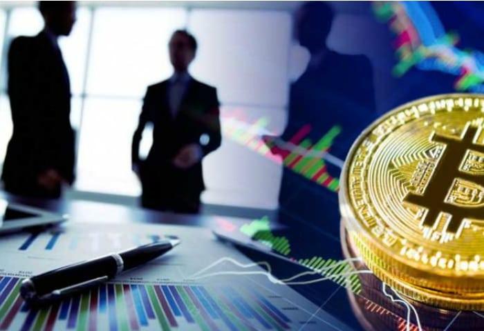 U.K.'s Financial Regulator Mulls Ban on Sale of Crypto Derivatives