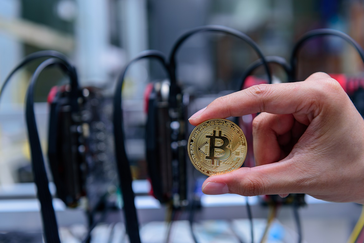 Bitcoin Is Using Less Energy Despite Record Hash Rate, New Data Shows