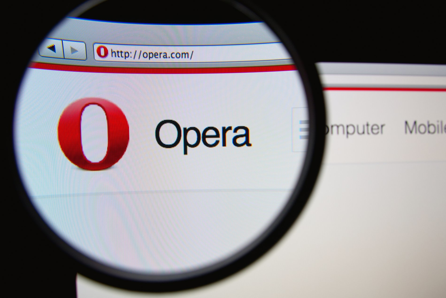 Opera Becomes First Major Browser to Integrate Crypto Domain Extension