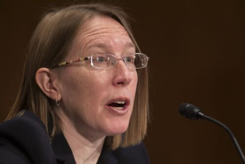 'Crypto Mom' SEC Commissioner Hester Pierce Voted in Until 2025