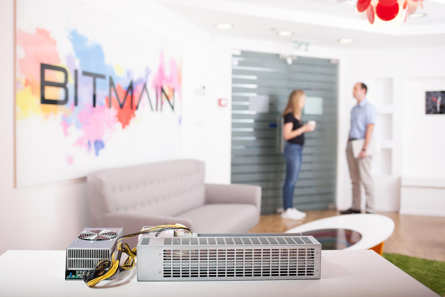 Bitmain reportedly suspends Bitcoin miner orders amid booming secondhand supply