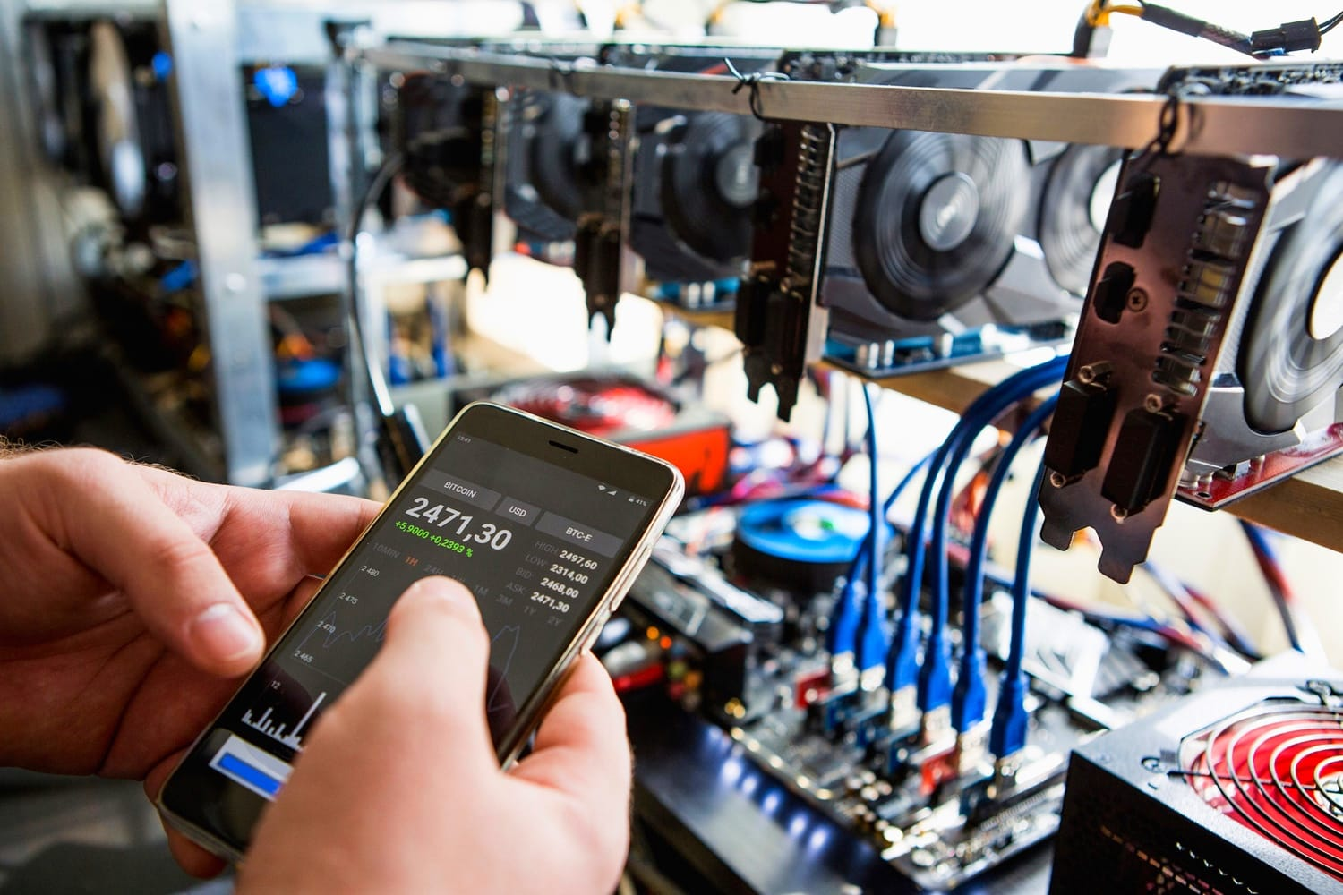 Licensed Iranian crypto miners ordered to halt production 'altogether'