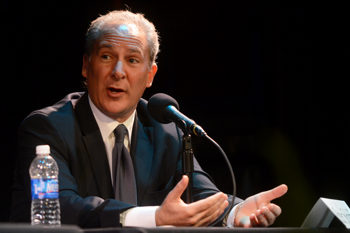 Peter Schiff wins debate over whether gold is a better store of value than BTC