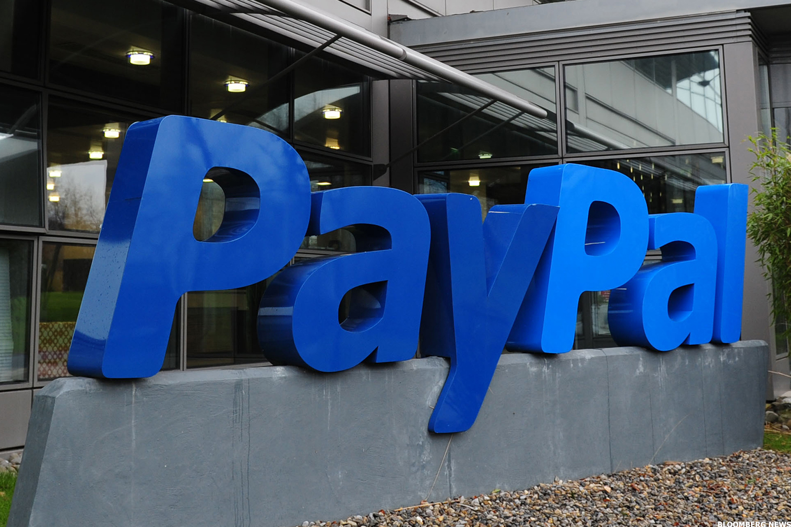 PayPal launches crypto services for UK customers